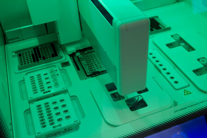 Automated DNA chip